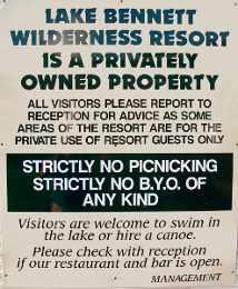 Lake Bennett Resort Sign