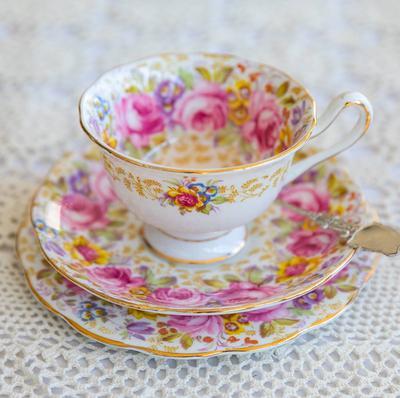 Genuine fine bone English china. Royal Albert