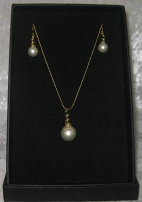 Italian Mother of Pearl Twist Drop Set