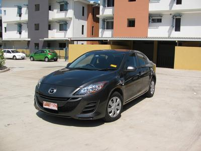 Mazda 3 Neo in Fantastic Condition