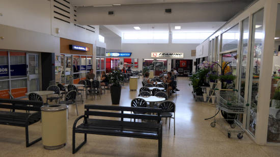 Central eatery at Hibiscus Shoppingtown