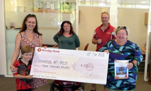 Art prize presentation at Nightcliff Community Bank