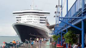 Queen Mary 2 visited Darwin in 2012