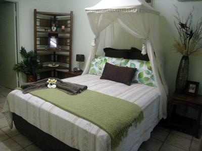 Kadek Bedroom