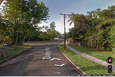 Dangerfield St Google Street views 2014  (by editor)